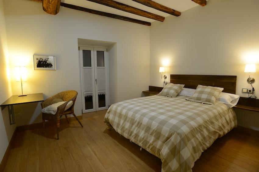 habitacin doble with camas grandes de matrimonio
